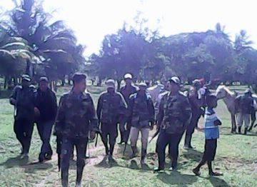 Colonos fueron liberados bajo la condición de que el Gobierno aplique saneamiento.