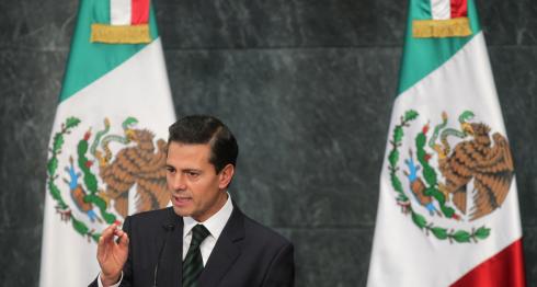 Enrique Peña Nieto, presidente de México. LA PRENSA / EFE/Alex Cruz