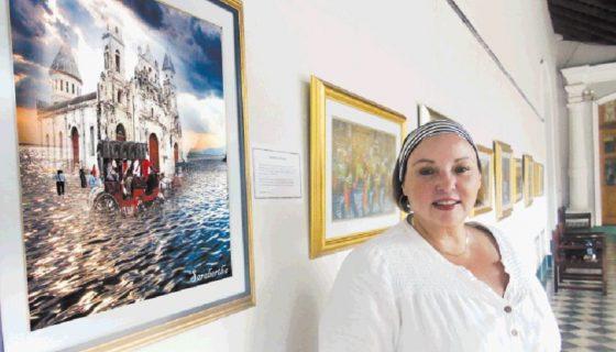 Sarabertha Arévalo muestra su arte en la Casa de los Tres Mundos, de Granada. LA PRENSA/LUCÍA VARGAS.