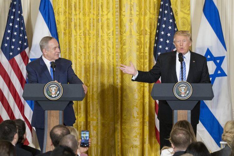 En la agenda prevista los dos mandatarios iban a discutir gestiones de paz e Irán, además de la promesa de campaña de Trump de trasladar la embajada estadounidense en Israel de Tel Aviv a Jerusalén. LA PRENSA/EFE