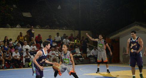 El baloncesto se ha visto afectado por los conflictos entre dirigentes. LA PRENSA/CARLOS VALLE