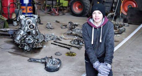 Daniel Kristensen y su padre encontraron los restos de un avión de la Segunda Guerra Mundial cerca de Birkelse, en Jutlandia Septentrional. REUTERS