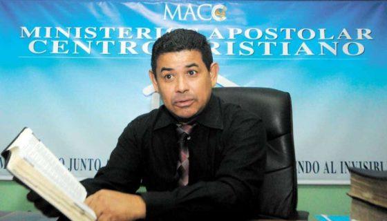 Pastor Augusto César Marenco.