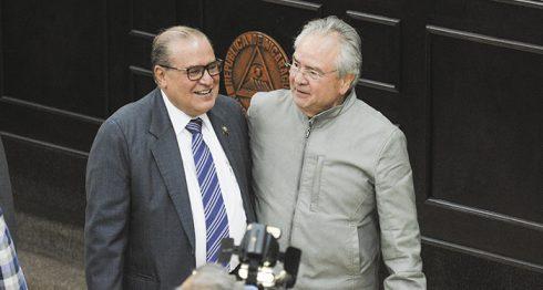 El presidente de la CGR, Luis Ángel Montenegro, fue defendido por los diputados sandinistas, encabezados por Gustavo Porras. LA PRENSA/ J. FLORES