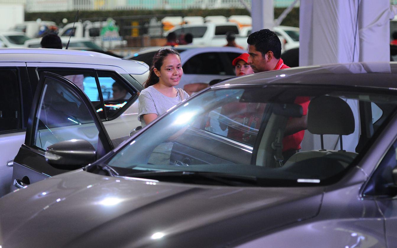 Venta de vehículos en Nicaragua baja por aumento en la prima