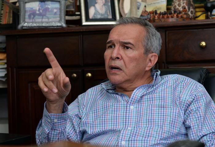 José Luis Velásquez, exembajador de Nicaragua en la OEA. LA PRENSA / Jader Flores.