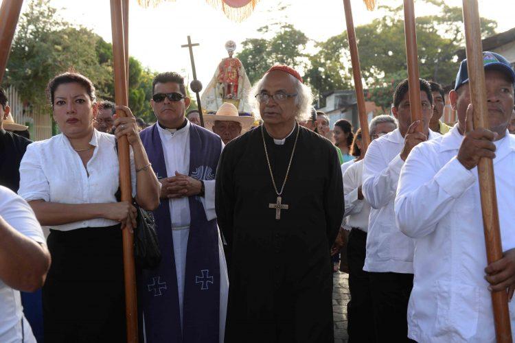 cardenal Brenes exhorta al diálogo