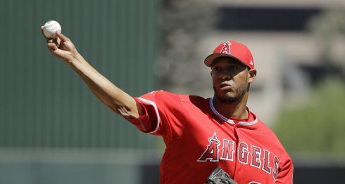 JC Ramírez es visto como una pieza importante en el bullpen de los Angelinos. LA PRENSA/AP/Darron Cummings