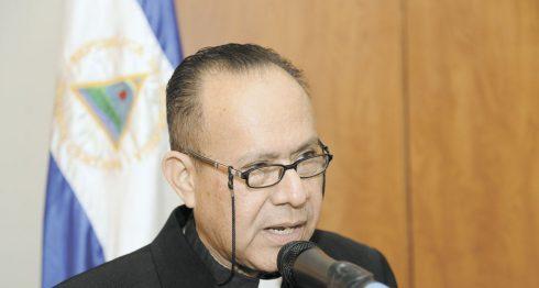 Iglesia Católica, Obispos, Abelardo Mata,
