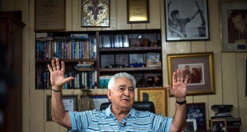 Edén Pastora en la oficina de su casa, en Managua. LA PRENSA / Óscar Navarrete.