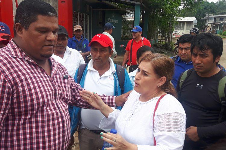 Enrique Téllez, a quien se le considera el favorito de las bases para ser el candidato a alcalde del PLC en Nueva Guinea, junto a la diputada Adilia Salinas.