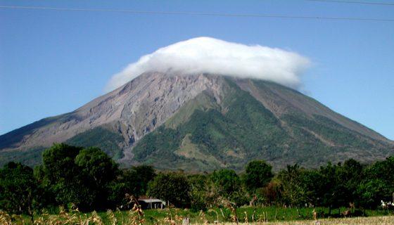 volcanes de Nicaragua, volcán concepción
