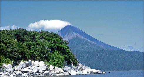volcán Momotombo, volcanes de Nicaragua