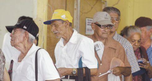 INSS, jubilados, pensiones