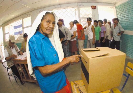 El cardenal Leopoldo Brenes llamó a cuidar los votos en los próximos comicios municipales del 5 de noviembre.