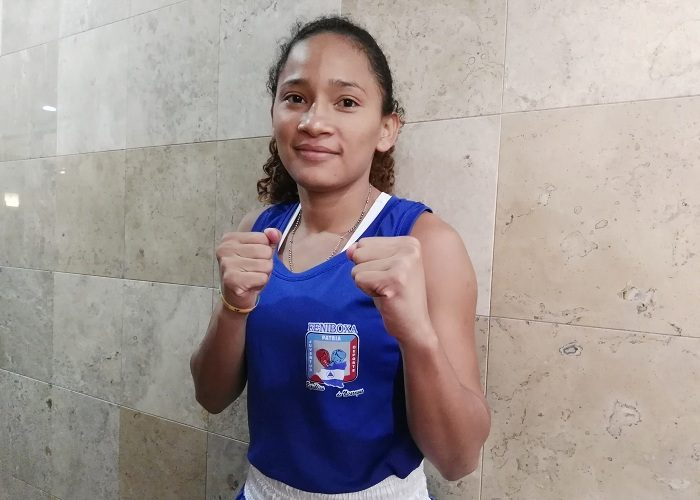 Scarleht Ojeda es actualmente la mejor boxeadora nicaragüense. LA PRENSA/BAYRON SAAVEDRA