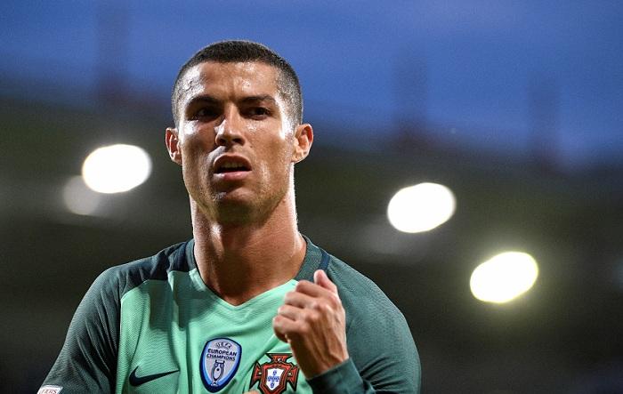 Cristiano Ronaldo es acusado de delitos contra el fisco español. LA PRENSA/AP/Roman Koksarov