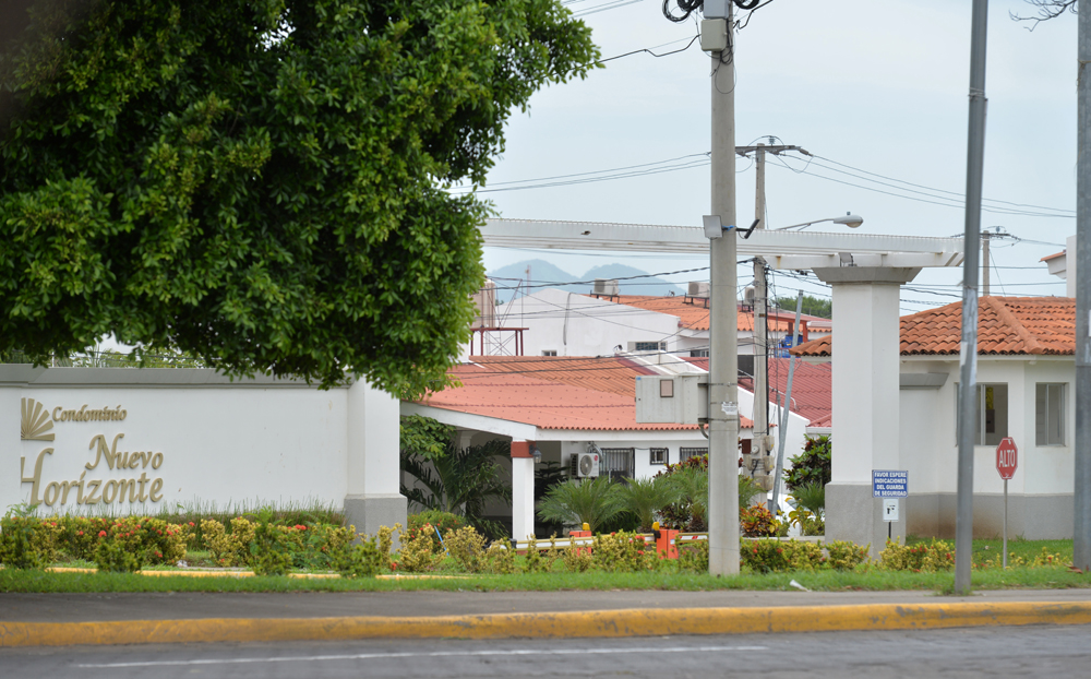 Condominios Nuevo Horizonte, Multicentro