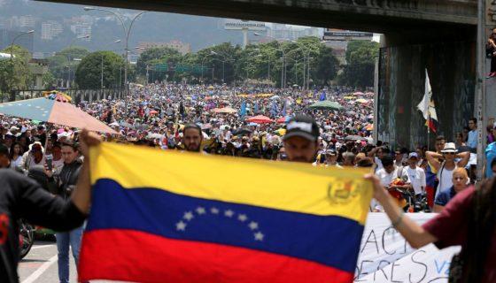 Venezuela, Asamblea Nacional Constituyente, Consulta popular, chavismo