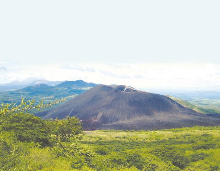 El Cerro Negro es el volcán más joven de Nicaragua y se caracteriza porque en él se puede practicar sandboarding.