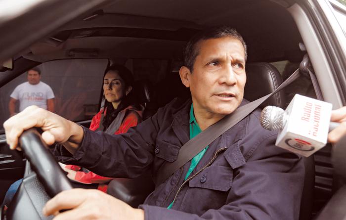 El expresidente peruanos Ollanta Humala y su esposa, Nadine Heredia, recibieron orden de 18 meses de prisión preventiva por aceptar sobornos de la gigante brasileña Odebrecht. LA PRENSA / Agencias.
