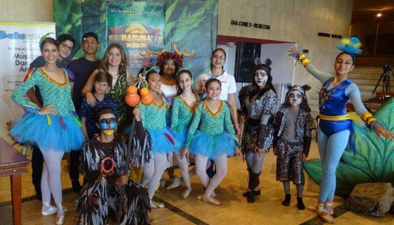 Artistas de la Academia Baluarte, están listos para poner en escena la obra de teatro danza Hakuna Matata El reino en peligro. LAPRENSA/Cortesía