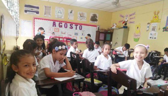 Colegio Bautista, educación