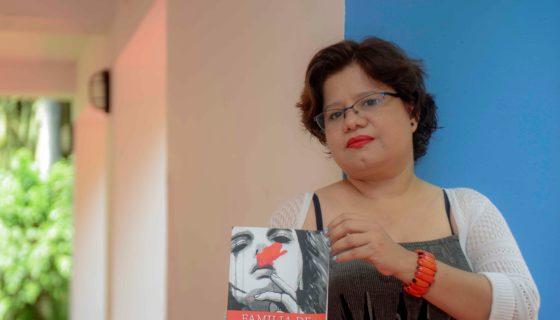 Martha Cecilia Ruiz, autora del libro Familia de cuchillos. LAPRENSA/CARLOS VALLE