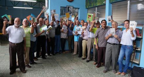 Poetas y narradores del Círculo Literario del Adulto Mayor (Clam). LAPRENSA/Arnulfo Agüero