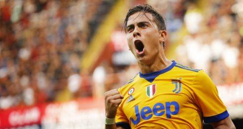 El argentino Paulo Dybala marcó tres goles en la victoria de la Juventus de Turín. LA PRENSA/AFP/Marco BERTORELLO