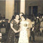 Anastasio Somoza García y Salvadora Debayle junto con la poeta Rosario Tapia en el acto de la primera graduación del Instituto de Masatepe,febrero de 1956. LAPRENSA/Cortesía/Fundación Luisa Mercado