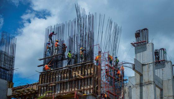 construcción, salario