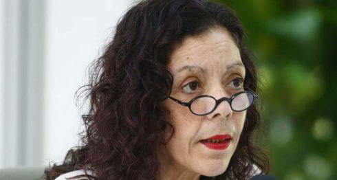 La primera dama y vicepresidenta designada Rosario Murillo, leyó un comunicado rechazando la aprobación de la Nica Act.