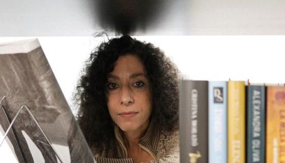 """La periodista argentina Leila Guerriero, editora del libro Cuba en la encrucijada, """"descubrió un país mucho más complejo del que esperaba"""". LAPRENSA/EFE/ Álvaro Sánchez"""