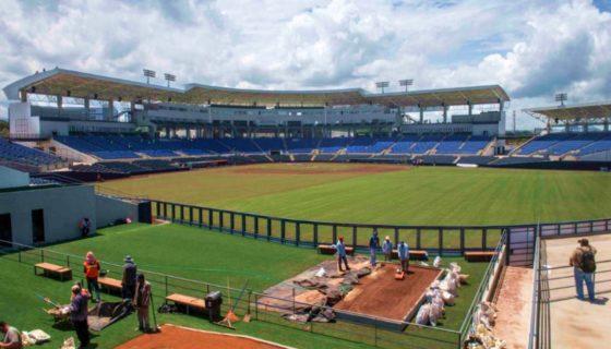 El estadio, con una capacidad para 15 mil personas, tiene cabinas para radio y televisión con aire acondicionado, ascensores y facilidades de acceso para personas con discapacidad. LAPRENSA/Jader Flores