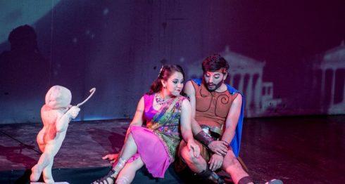 Escena romántica de Hércules, El musical. LA PRENSA/Carlos Valle
