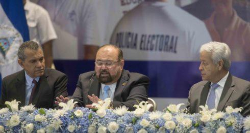 Bosco Matamoros, Roberto Rivas