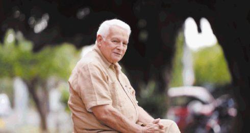 Roberto Sánchez, periodista, historiador y promotor cultural. LA PRENSA/Manuel Esquivel/ARCHIVO