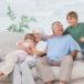 ¡Abuelos al rescate! El papel importante que juegan en la familia