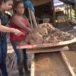 Mujeres buscan oro en el Caribe Norte