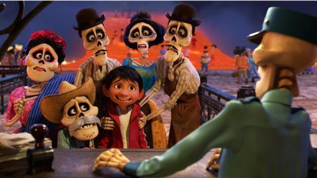 """""""Coco"""" llega a Estados Unidos tras haber triunfado en México. (Foto: Disney Pixar)"""