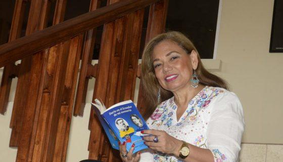 La admiración de Darío por los poetas ecuatorianos se nos revela en su formidable Epístola a Juan Montalvo, dice la escritora Aminta Buenaño . LA PRENSA/MANUEL ESQUIVEL