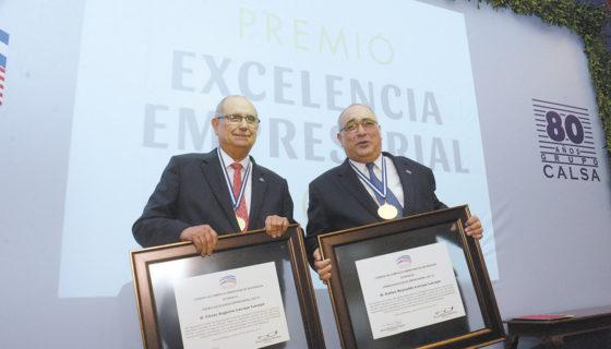 Aniversario, premio, excelencia, Grupo Calsa, inversiones, educación, país