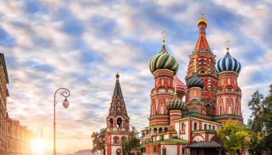 La colorida Basílica de San Basilio, en la Plaza Roja de Moscú. LA PRENSA / Thinkstock.