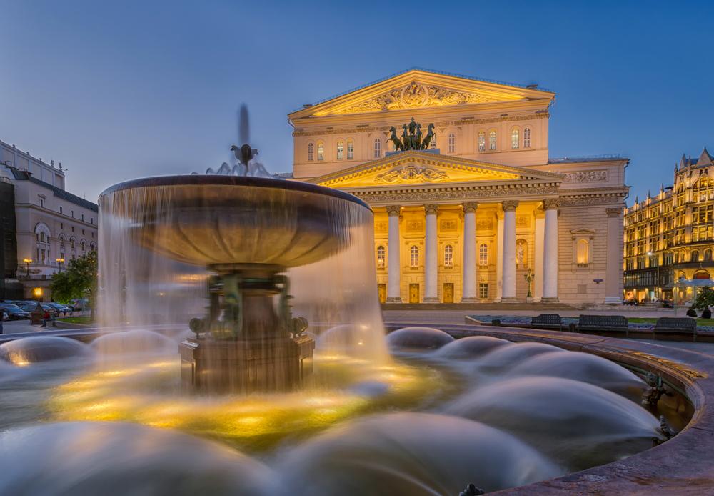 La fachada del Teatro Bolshoi, una capital del ballet mundial. LA PRENSA / Thinkstock.