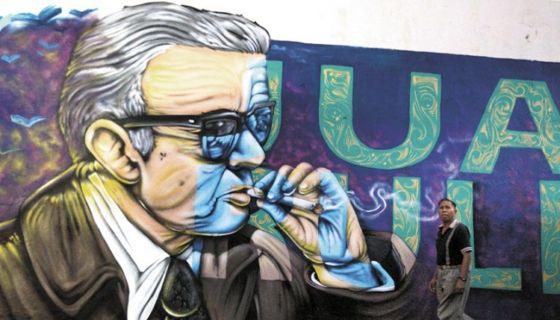 Mural sobre el Juan Rulfo. Homenajean a Rulfo, clásico latinoamericano que no deja de ser interpretado. LA PRENSA/EFE/EFE/Ulises Ruiz Basurto/Archivo