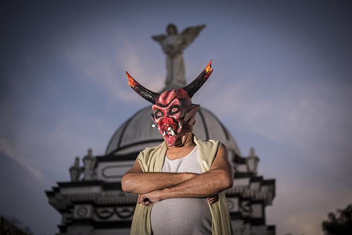 Antes de la colonización española no se conocía la imagen del diablo tal como se representa ahora. Por ello, explica León que las máscaras de los diablitos son de ese tiempo y están influenciadas por la imagen que se usaba para representarlos en Europa.
