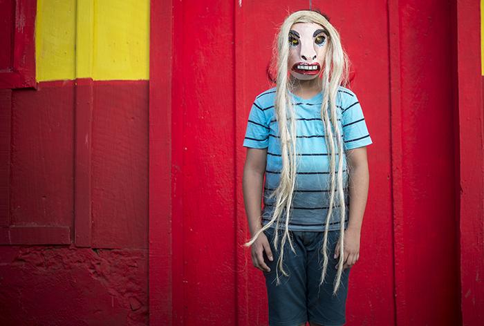Los precios de las máscaras oscilan entre los 250 córdobas y 500 córdobas. Dependiendo de la temporada. Los turistas extranjeros buscan principalmente las del Güegüense. Durante la fiesta de los agüizotes se hacen unas tres mil máscaras. LA PRENSA/ OSCAR NAVARRETE