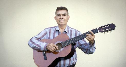 Otto de la Rocha, músico, productor y locutor de radio. LA PRENSA / Jader Flores.