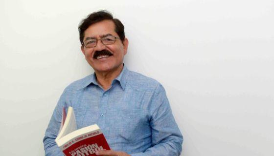 Este libro de Emilio Cornejo Arévalo, también registra campeonatos y récords, así como los numerosos juegos de la Selección Nacional de Futbol de Nicaragua. LAPRENSA/WILMER LÓPEZ